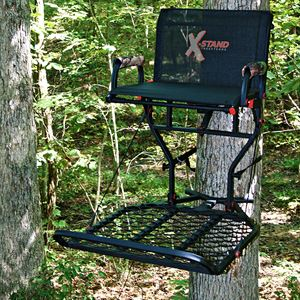 The Patron Hang-On Stand