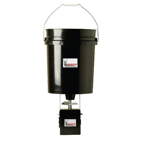 5 Gallon Hanger Feeder 40 Lb Capacity  Photocell Timer