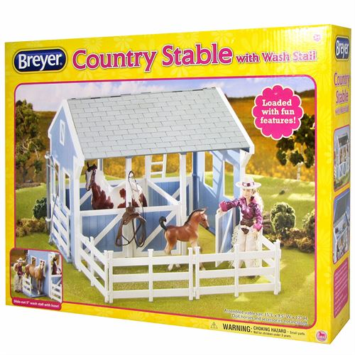 Breyer® Country Stable Toy with Wash Stall